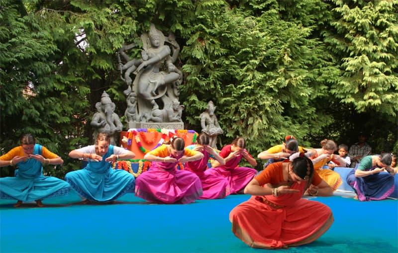 ashram-danza