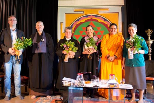 incontro-interreligioso-monachesimo-femminile-ashram