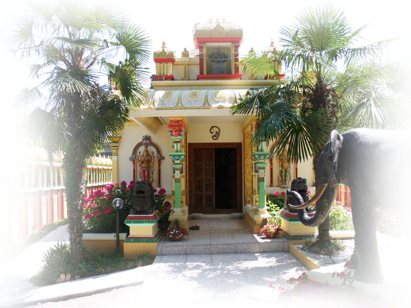 visita-ashram